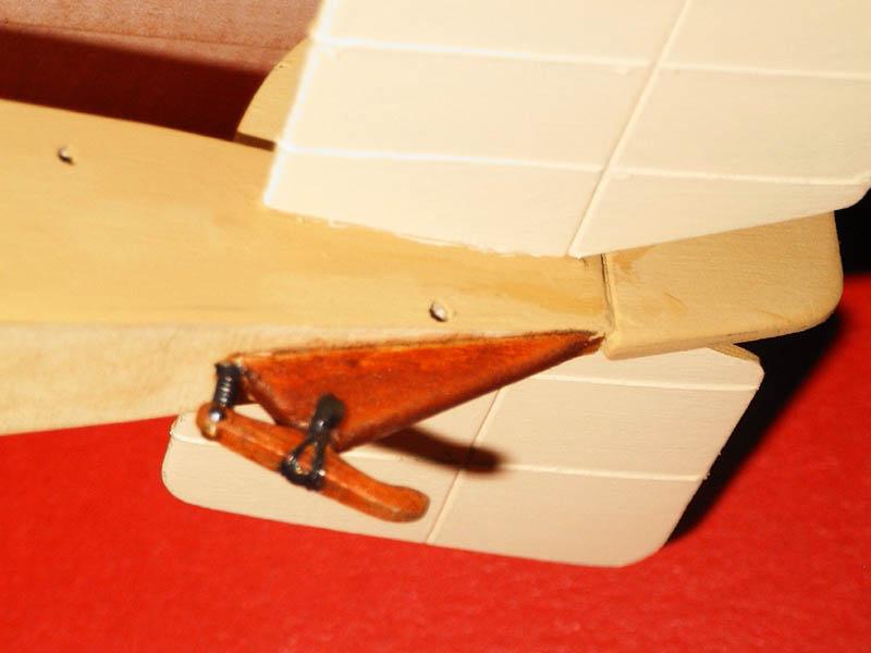 Aviatik (Berg) D.I, 1:28 (Holz) Aviati22