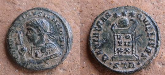 COLLECTION MONIQUE ,Constantin II - monnaie de Trèves -4ème siècle ap. JC Romain10