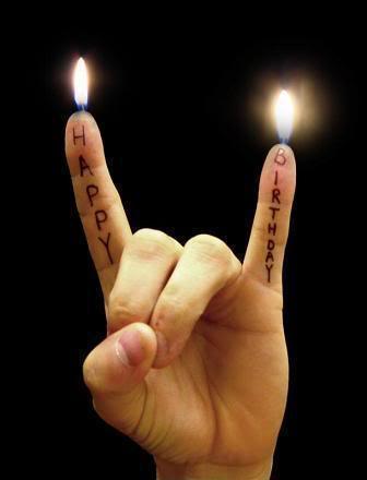 On souhaite les joyeux anniversaires !!! - Page 3 Happy_10