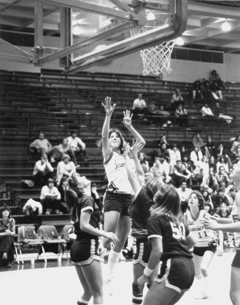 Istorija sporta (košarka) Hileac10