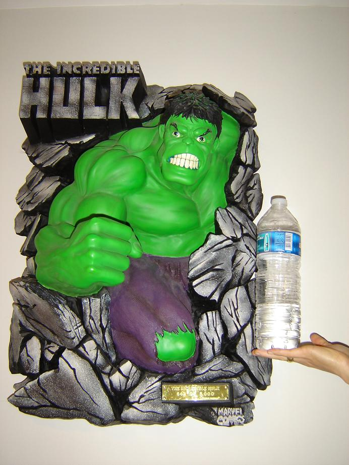 ILLUSIVE ORIGINALS : Hulk wall plaque  2010_112