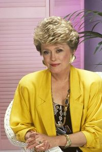 'Golden Girls' leading lady Rue McClanahan dies at 76 Rue10