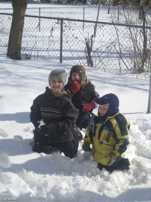 Tanner, Alexander, and Andrew Skelton -- Missing 11/26/10 - Page 2 Skelto10