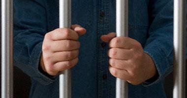 10 سنوات سجناً لبلطجيين بأسوان S1200910