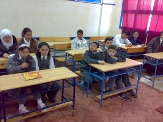 زيارة بعض مدارس المحافظة لمدرستنا 2009-2010 20100324