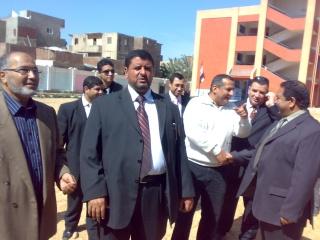 زيارة بعض مدارس المحافظة لمدرستنا 2009-2010 20100327