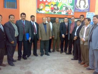 زيارة بعض مدارس المحافظة لمدرستنا 2009-2010 20100335