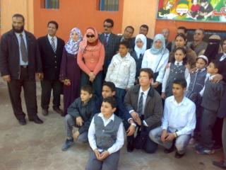 زيارة بعض مدارس المحافظة لمدرستنا 2009-2010 20100337