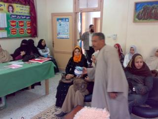 زيارة بعض مدارس المحافظة لمدرستنا 2009-2010 20100340