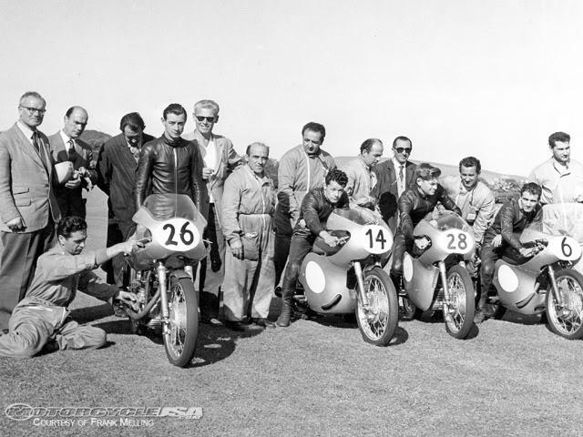 TRONCHE DE PISTARD...EN ACTION...DU MYTHIQUE...DU LEGENDAIRE Ducati10