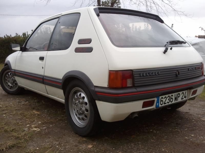 [manu47] 205 GTI 1.6L blanc meige 1987 Photo055