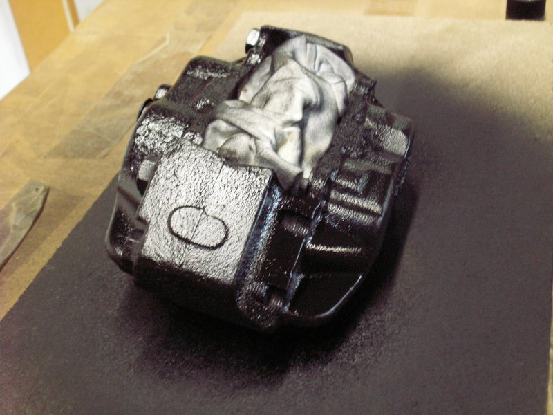 Remise en état des étriers de frein AV de Defender Mise_e13