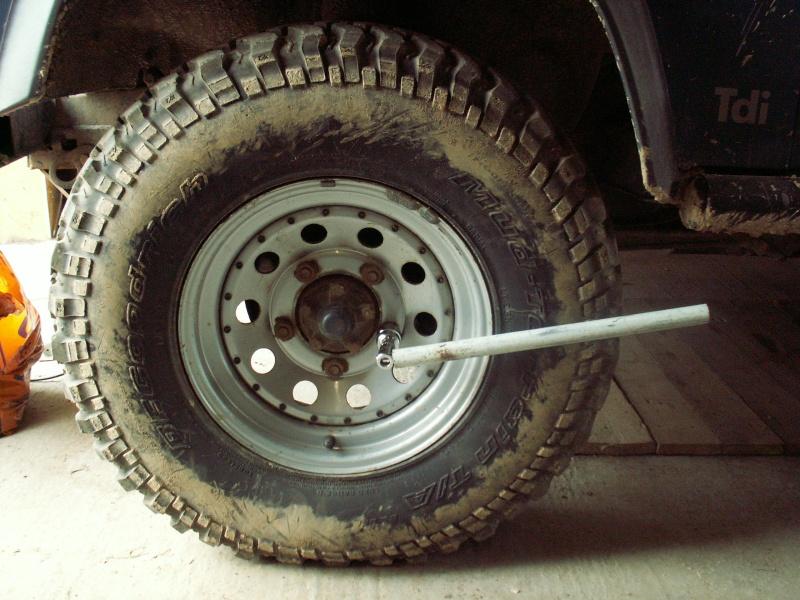 Remise en état des étriers de frein AV de Defender Pict0510