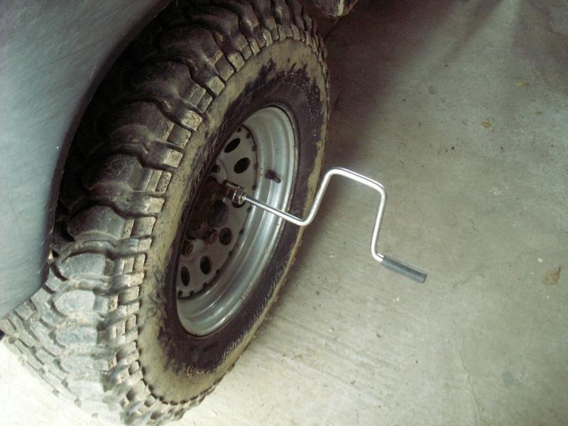 Remise en état des étriers de frein AV de Defender Pict0512