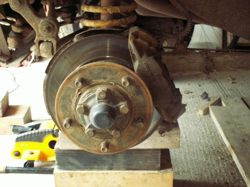 Remise en état des étriers de frein AV de Defender Pict0513
