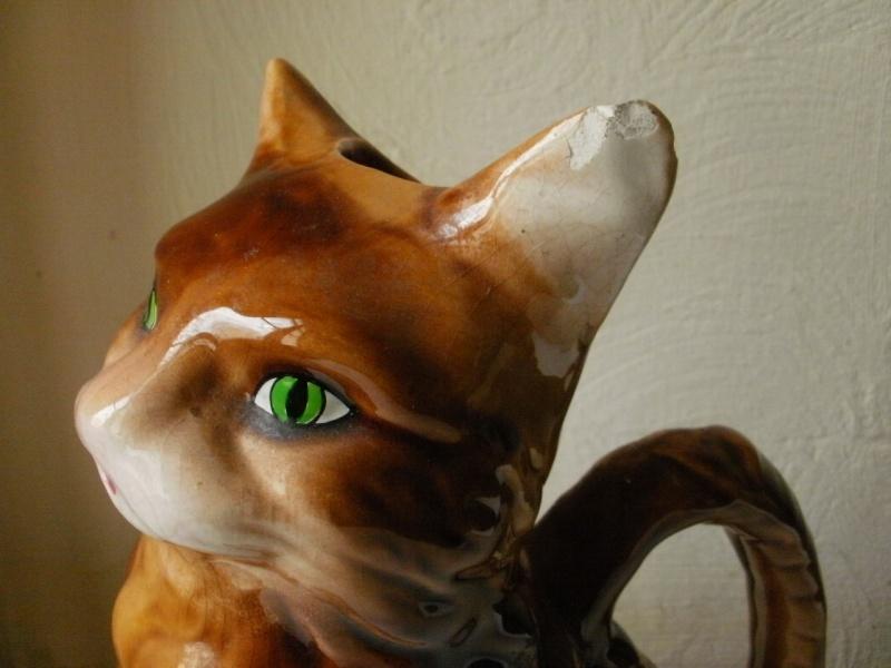 """pichet barbotine """"le chat""""  P1300212"""