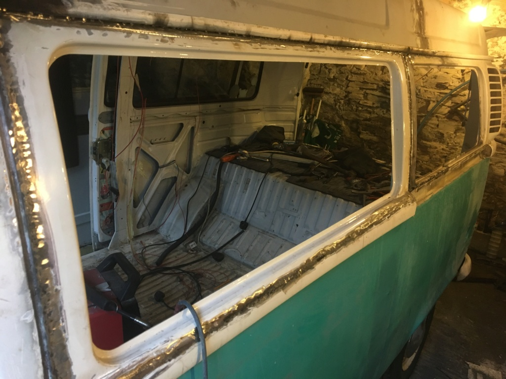 Ice cream van to camper  9de32c10
