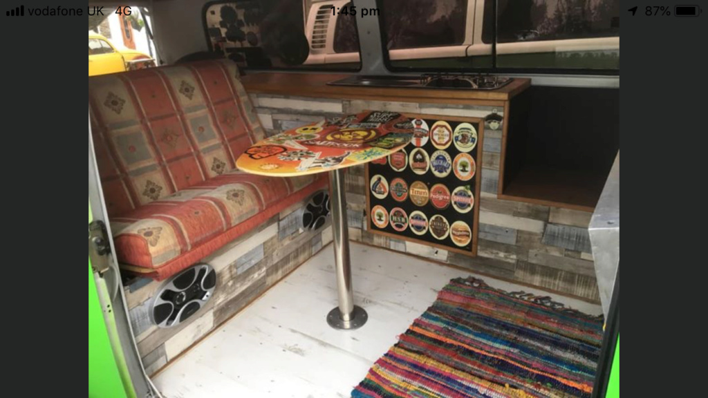 diy bay interior A0885310
