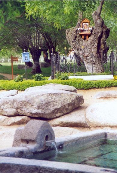 Présentation de Luz Amparo Cuevas et de l'Escorial ! Appari12
