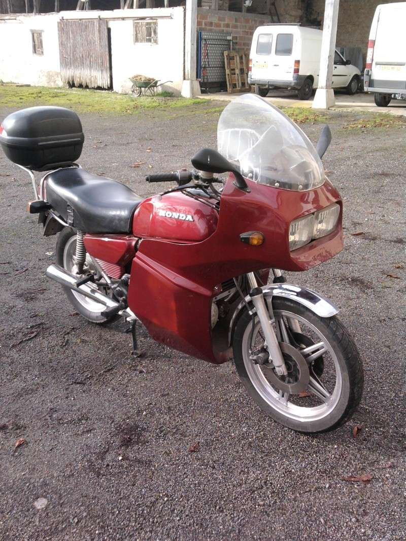 CX500 cafra - Page 2 00111