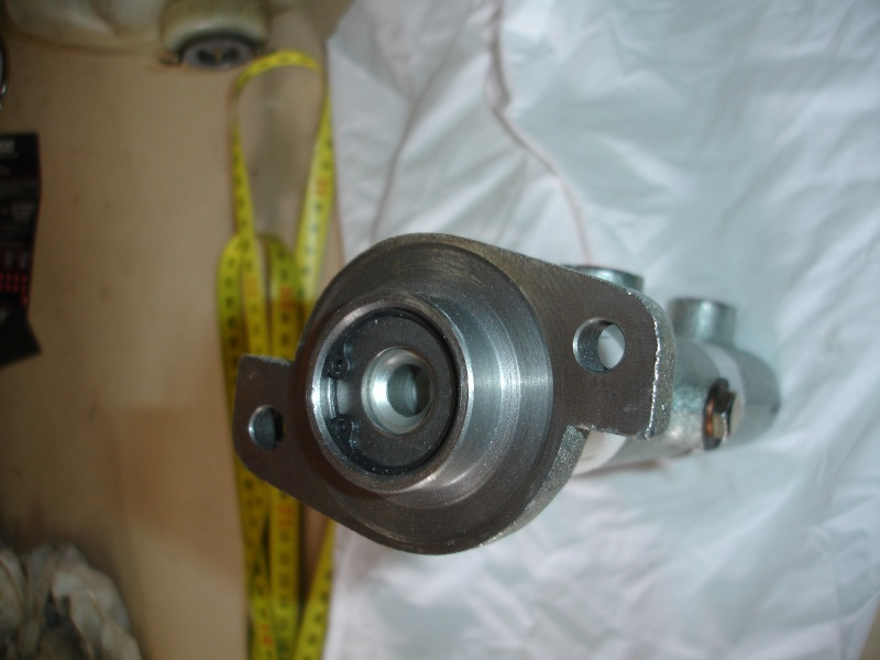 etrier 4 pistons BREMBO - Page 2 Dsc08811