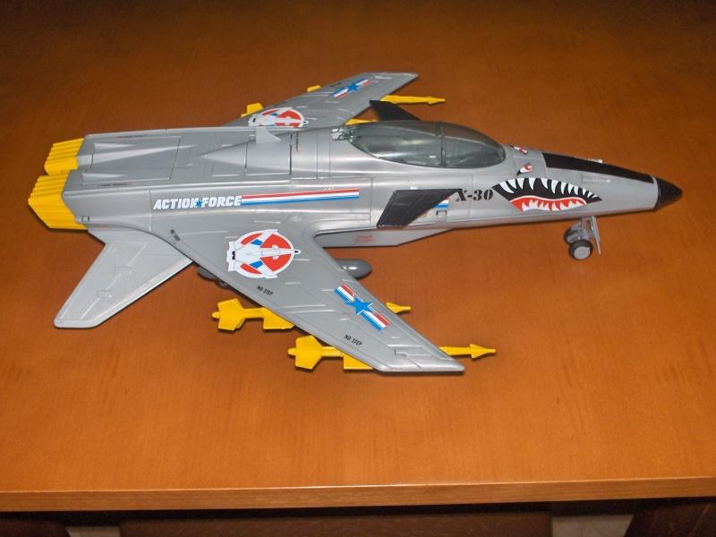 GIJOE Conquest X-30 1986 Conque11