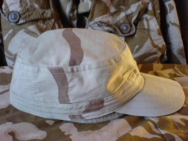 Two Desert caps....for Kids,or Hobbits ????????? Dsc02134
