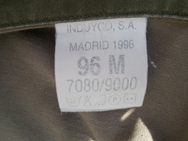 CCE Jacket- Questions about patches, and manafacturer ! P3240013