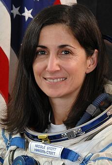 [STS-133] Discovery : Préparatifs (Lancement prévu le 24/02/2011) Stott_10