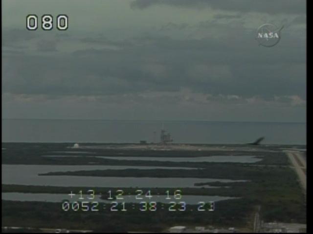 [STS-130] Endeavour : retour sur terre 3h20 GMT le 22/02/201 - Page 2 Vlcsna23