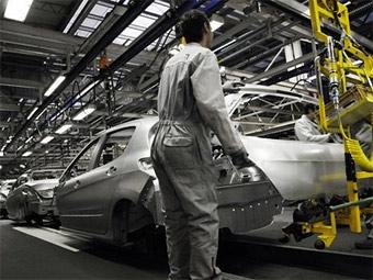 Peugeot и Citroen будут выпускать конкурента Renault Logan в Испании Pictur10