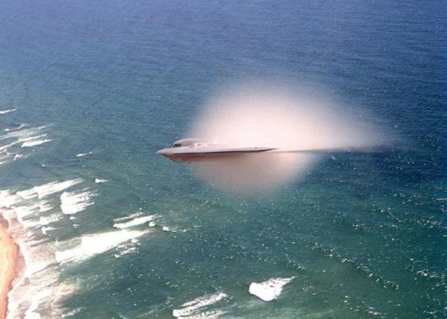 Propulsion MHD et antigravité - le bombardier B2 B2-oce10