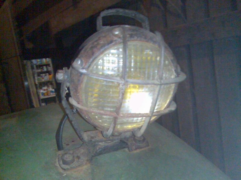 N° de pièce : phare de travail arrière D6005 Photo111