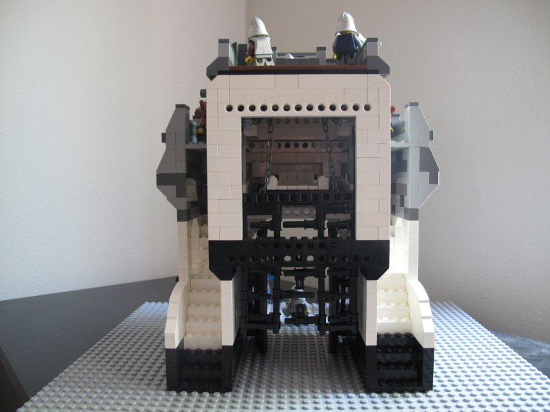(MOC) Gatehouse- my first serious moc attempt. Img_1311