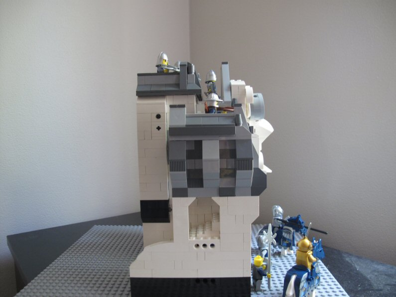 (MOC) Gatehouse- my first serious moc attempt. Img_1314