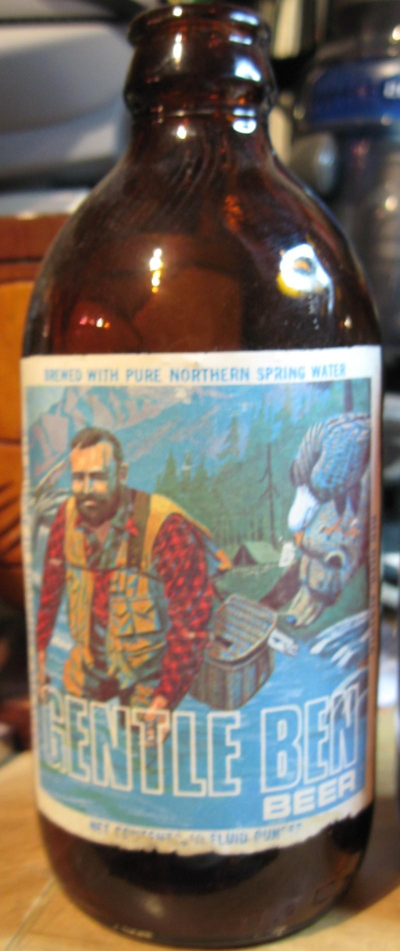 BOUTEILLE DE BIERRE KYLE , GENTLE BEN , RED CAP ET CHAMPLAIN  Beer_b11