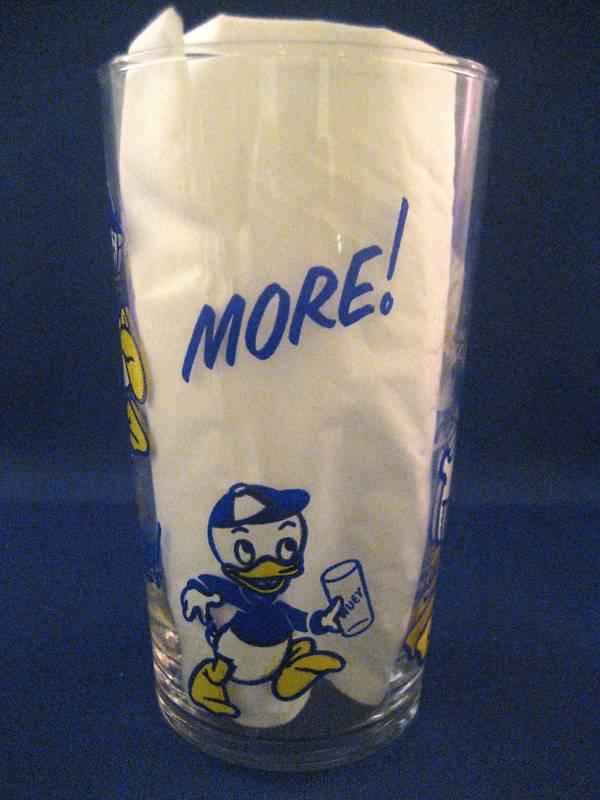 Donald Duck Cola embouteillé et vendu au Québec en 1953 Ddbuck12