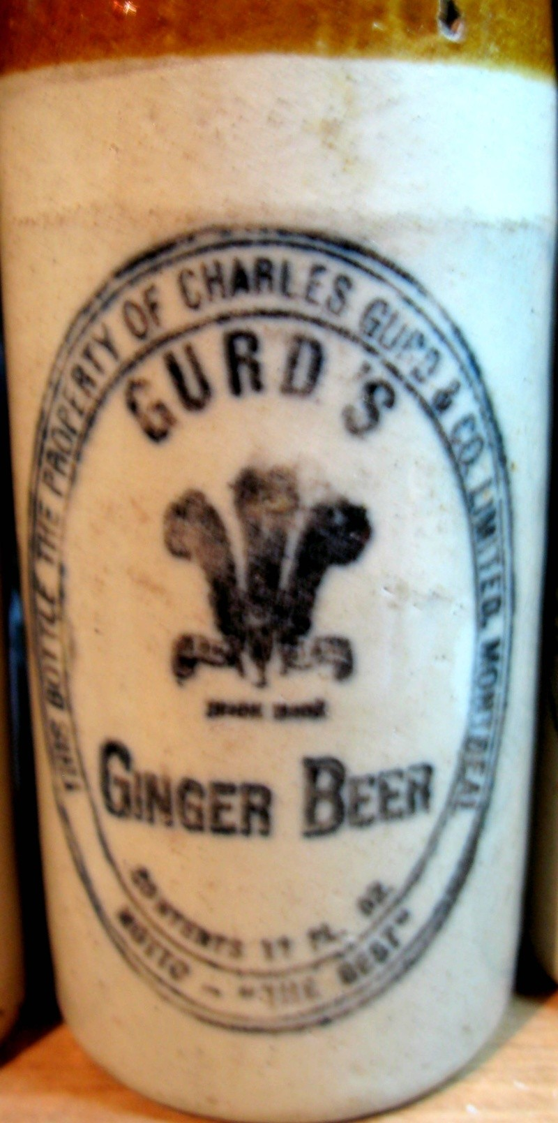 mes gurd`s ginger beer  8 bouteille  Gurd_018