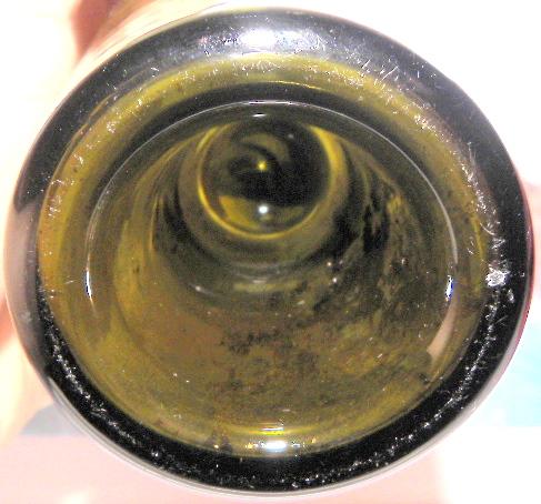 Une bouteille verte bimal a fond creux 9 oz  Inconn12