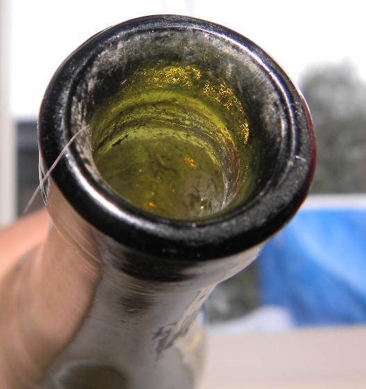 Une bouteille verte bimal a fond creux 9 oz  Inconn14