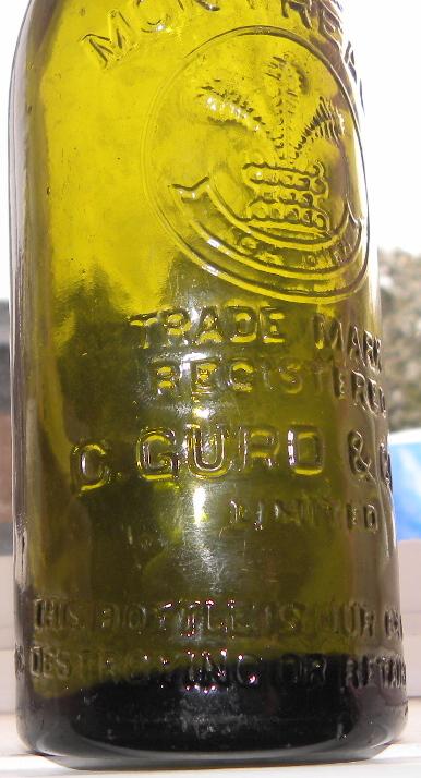 2 bouteilles gurd's N_02510