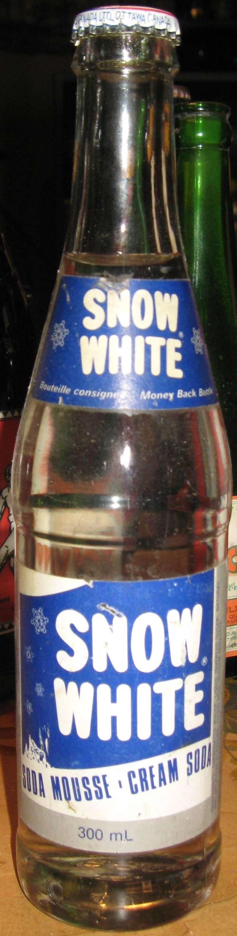 quelque autre bouteille avec etiquette  Photo_88
