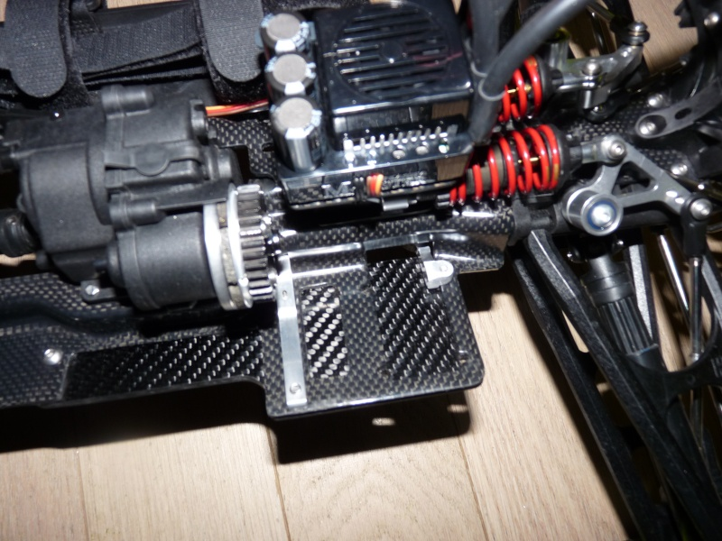b-revo chassis alu et b-revo chassis carbone - Page 21 P1020014