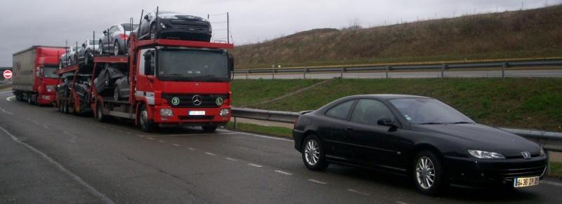 4 camions de RCZ sur l'A36... 00911