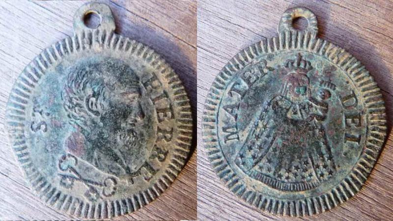 Médaille St-Pierre - début XIXème Stpier10