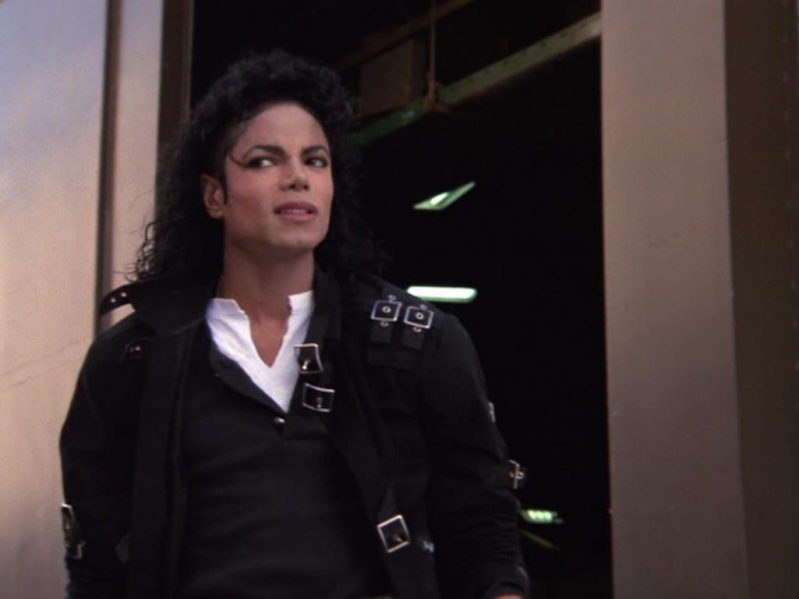 Pictures of MJ 17910