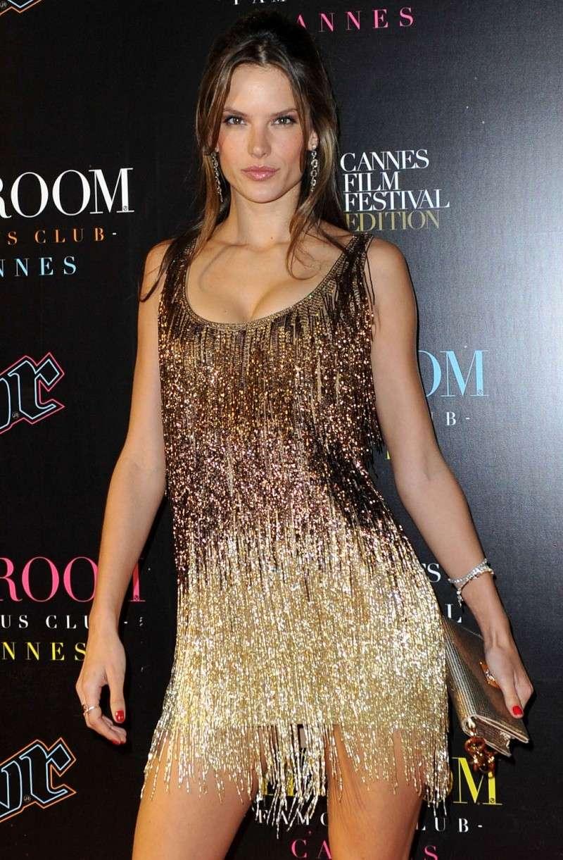 Alessandra Ambrosio en Cannes 69150e10