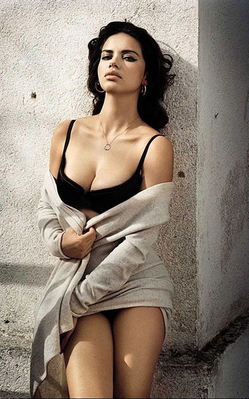 Adriana Lima: para la revista Vogue España Adrian14
