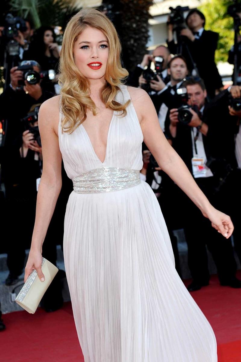 Doutzen Kroes en la alfombra roja de Cannes Doutze10