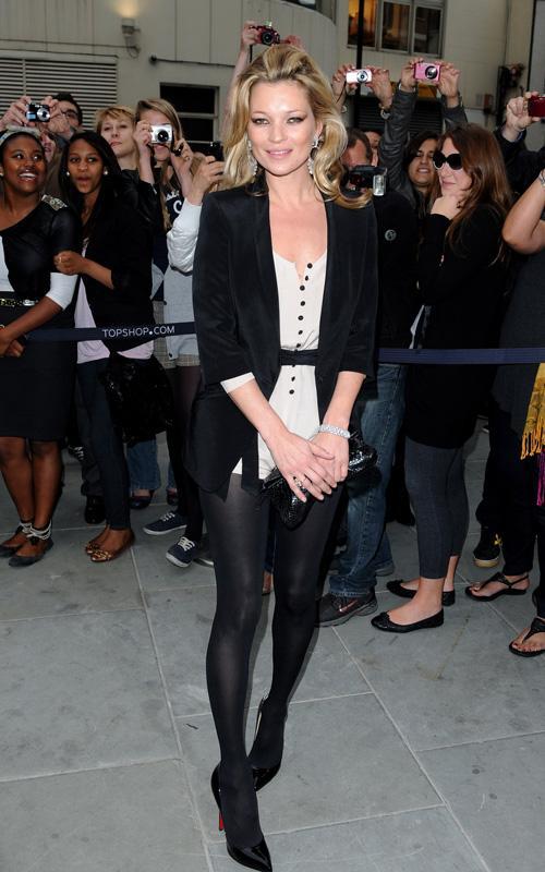 Kate Moss en Inglaterra abriendo una tienda Kate-m11